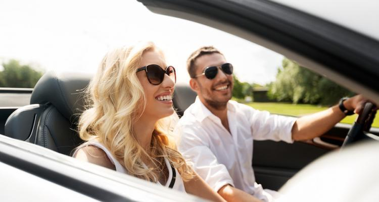 Pilotenbrillen beim Autofahren