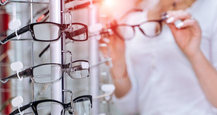 Brillenständer und Brillenhalter